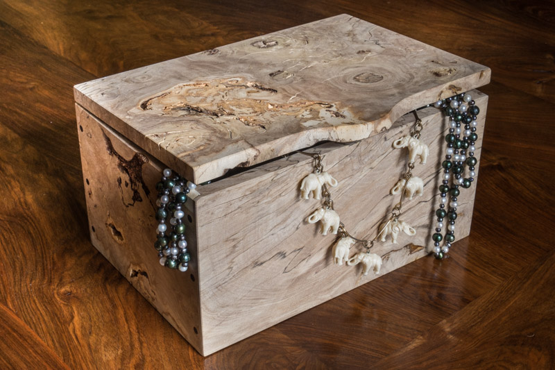handcrafted wooden gifts; jewellery boxes
