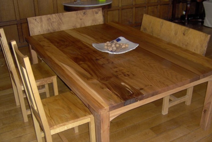 Elm 10-seater dining table