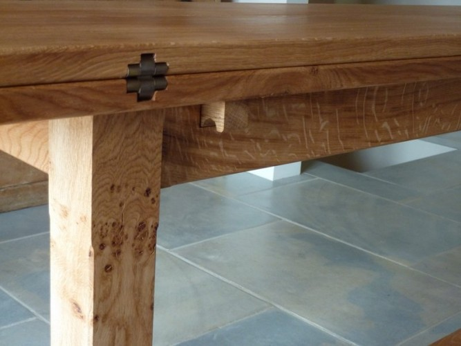 Bespoke dining tables, leaf-fold hinge