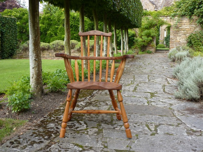bespoke chairs, Windsor comb back chair