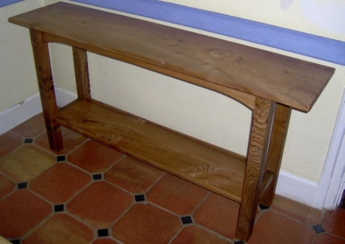 elm serving table
