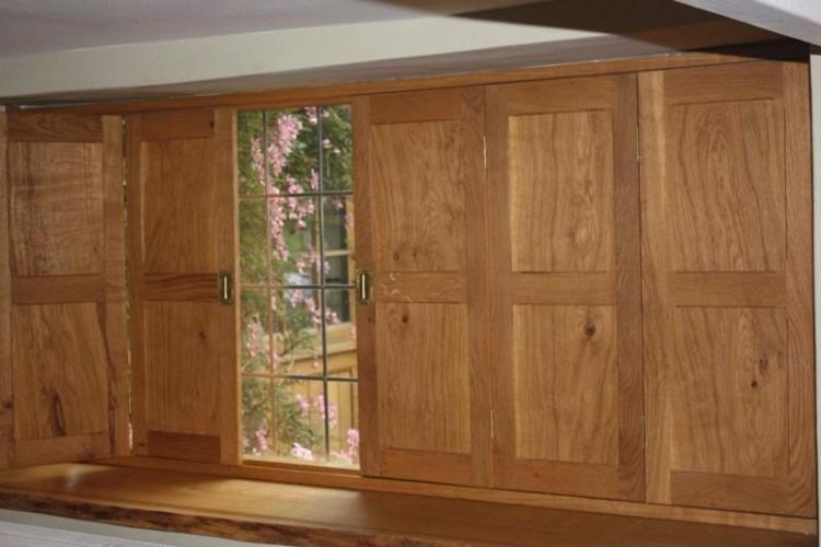 English oak treble panel shutters